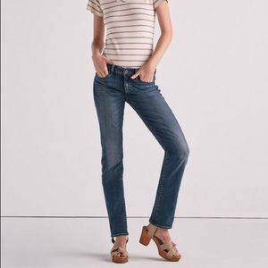 {Lucky Brand} New Sweet Mid Rise Straight Jeans